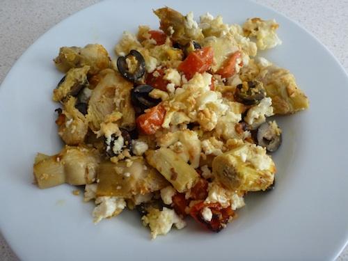 Revuelto ensalada griega