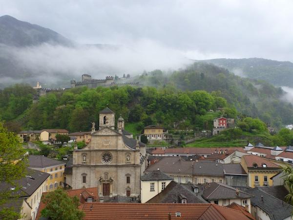 Montebello y ciudad desde Castelgrande