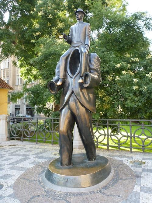 Homanaje a Kafka